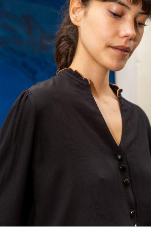 Noir Elsa shirt Idano