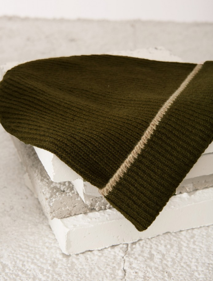 Kaki Amber knit hat