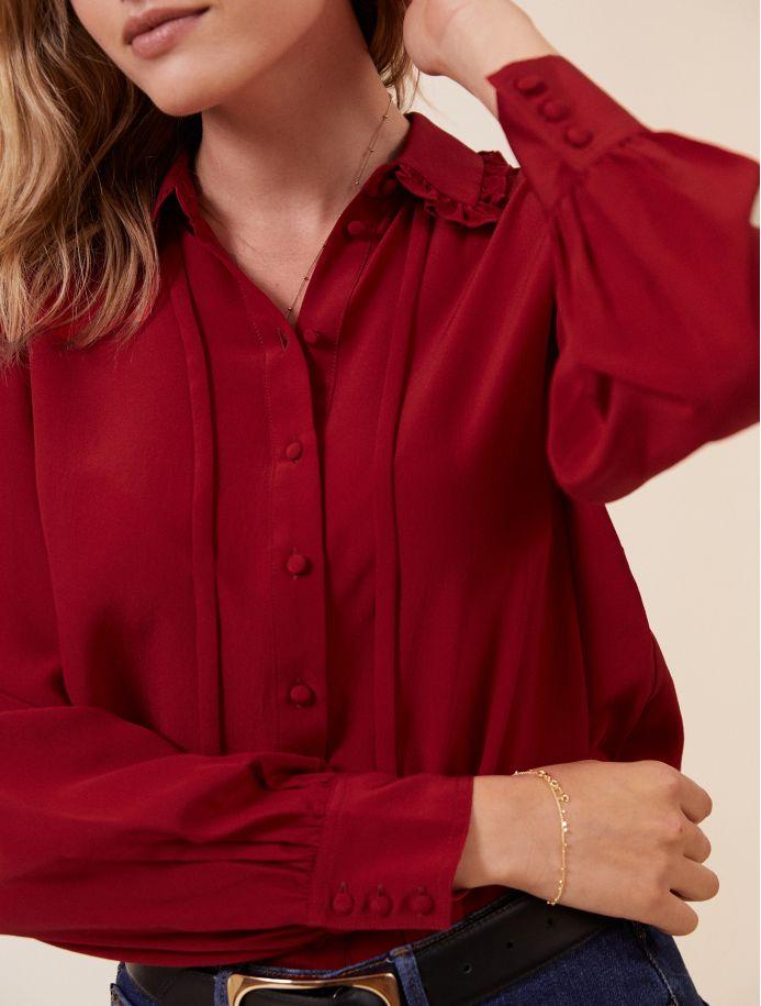 Carmin Waliya shirt