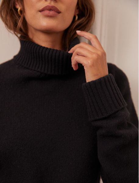 Noir Orna sweater